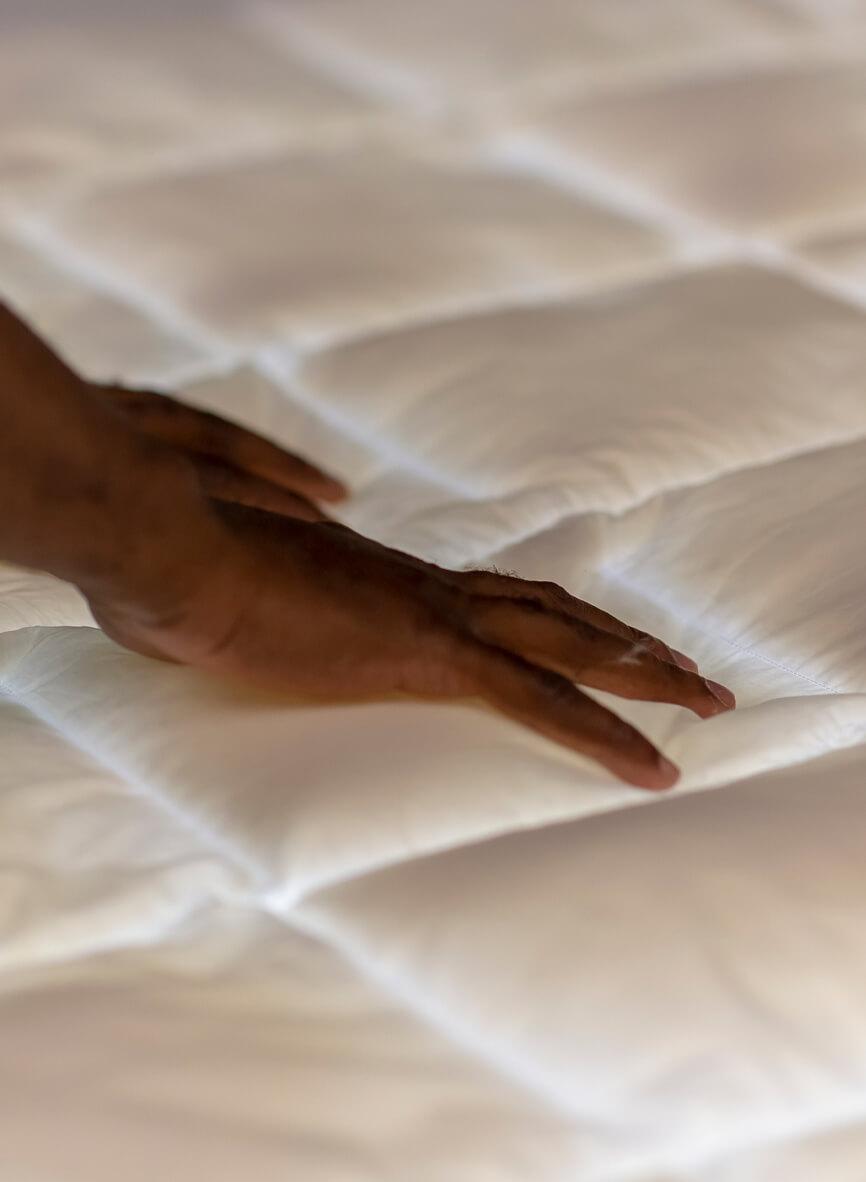 Qualitätskontrolle der hochwertigen Bettwaren von Otto Keller