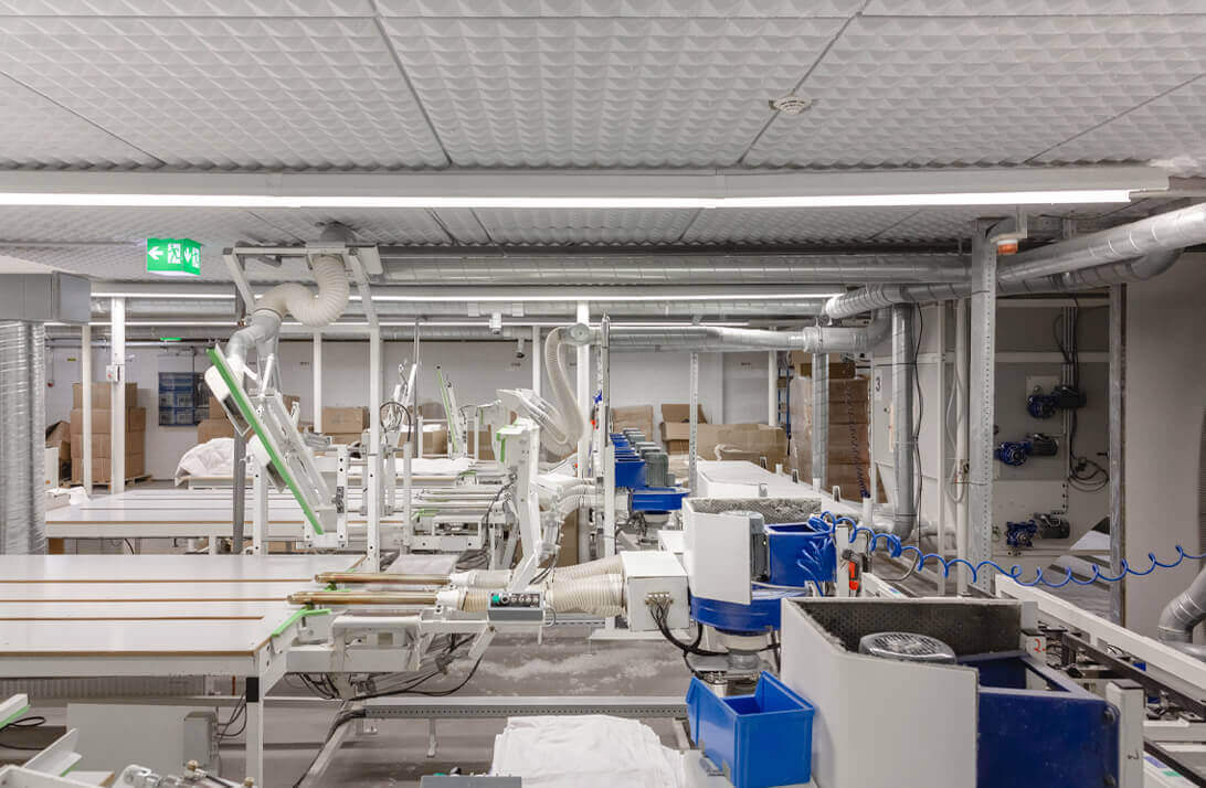 Fertigungsanlage von hochwertigen daunen- und federgefüllten Bettwaren der Bettfedernfabrik Otto Keller